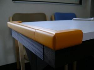 テーブルのゴムカバー
