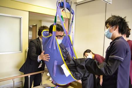 障がい者支援施設修光園に設置したアルジョハントレー社の天井走行リフト